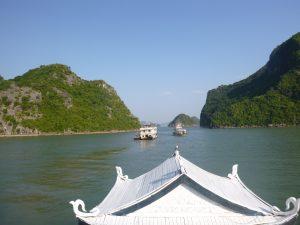Halong bay - uitzicht van de boot